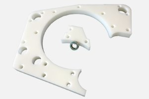 Plastic plate suitable for Baader-separator BA604 (complete incl. ball race etc. / see figure)